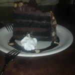 4 layer chocolate cake (divine)