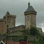 castillo de Foix visto desde la ciudad