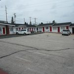 rocket motel--clean and retro