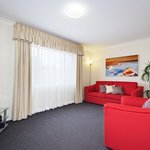 we have 1 or 2 bedroom self contained apartments