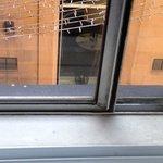Fenster nicht gerade zum Lärmschutz tauglich