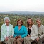 Safari gals