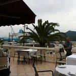 Chez Parenti, terrasse sur le port