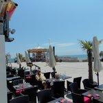 terrasse avec vue panoramique sur la mer