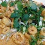 Calamari with red curry sauce