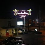 The Thunderbird Inn - Savannah, GA
