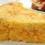 Tortilla de patatas ( Spanish omelette
