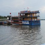 River restaurant and cruise