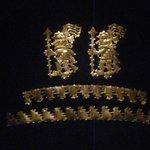 Más adornos de oro
