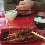 Brochettes de poulet et riz