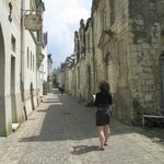 Navigating the back streets of Chinon