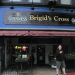 Brigid's Cross Irish Pub