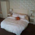 suite 501 Circular bed!