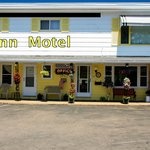 Quinn Motel Best Place In Ironwood To Stay