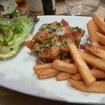 Tartare de saint jacques et de saumon