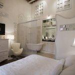Room: HISTORIA DE AMOR
