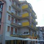Photo de Hotel Leon d'Oro