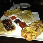 Mixed bread platter was sooooo yummy.