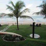 Vista a praia a partir do hotel
