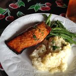 Salmon, lemon risotto, and garlic green beans