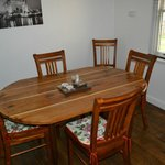 Throwleigh Cottage Dinning 2/2