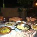 repas à la terrasse du riad...