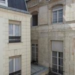 The inner courtyard/ La cour intérieure