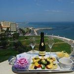 Goditi un drink, mentre ammiri il meraviglioso paesaggio!!!