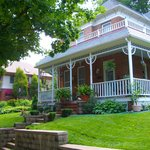 Main Street Inn Bed & Breakfast   Parkville, MO   Kansas City, MO