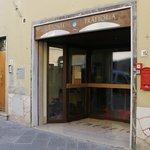 Pizzeria Da Sandrino Sas Di Sandro Nencetti & C.