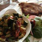 Escaloppe à la milanaise avec legumes marinés