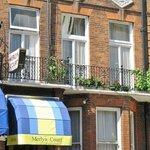 Merlyn Court Hotel