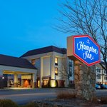 Welcome to the Hampton Inn Franklin Milford!