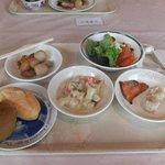 朝食の例、和食の方が充実しています。パンはいまいち