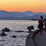 Sunset on the seawall at Stanley Park, Vancouver