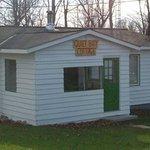 Photo de Quiet Bay Log Motel & Cafe