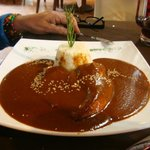 Pollo en mole chiapaneco, el sabor de México en su máximo esplendor