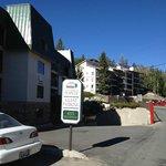 Ridge Pointe Parking