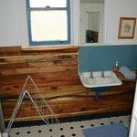 Throwleigh Cottage Bathroom 3/5