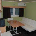 bungalow 2 / salon con sofa cama