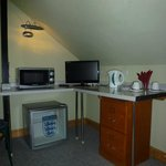 Rooms with microweves and fridges availble