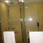 big bathrooms!