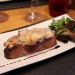 tartine de pied de porc foie gras gratinée au parmesan