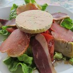 Salad w/bloc foie gras & smoked duck breast