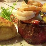 Surf and Turf (Lomito y Camarones Jumbo)