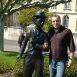 charlie chaplin statue vevey
