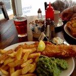 A very fine haddock, chips & mushy peas