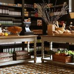 La tienda and take away at Hispania