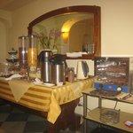 Frühstücksbuffet im Frühstücksraum