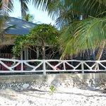 Vue de la chambre depuis la plage /Room View from the beach